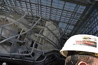 Roma, 25 Novembre 2013<br /> Il cantiere della Nuovola dell'EUR, proigettata da Fuksas.<br /> Il Centro congressi Italia  fatto di cemento ,acciaio e vetri ancora in costruzione.