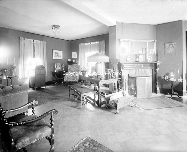 Frederick Stone negative. DeMott Home 173 Hillside  May 21, 1899.