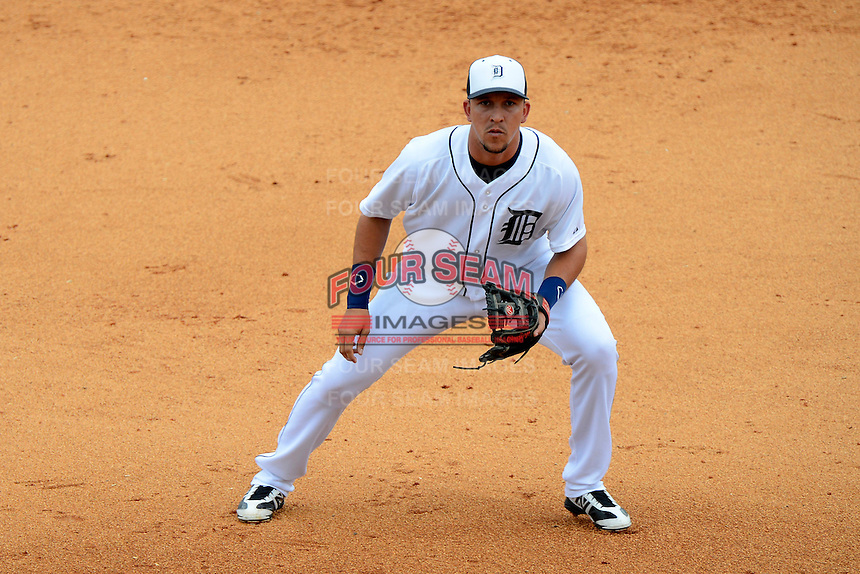 Detroit Tigers second baseman Hernan Perez #18 during a Spring Training game against the New York Mets at Joker Marchant Stadium on March 11, 2013 in Lakeland, Florida.  New York defeated Detroit 11-0.  (Mike Janes/Four Seam Images)