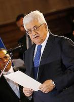 NAPOLI CONFERIMENTO DELLA CITTADINANZA ONORARIA AL PRESIDENTE DELL'AUTORITA PALESTINESE.NELLA FOTO ABU MAZEN  .FOTO CIRO DE LUCA Palestinian Authority President, Mahmoud Abbas  awarded honorary citizenship by Mayor of Naples, Luigi de Magistris  , during a ceremony in Naples