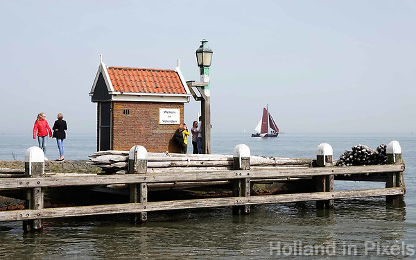 Nederland - Volendam - 2018. Havenhoofd Volendam. Ingang van de haven.    Foto Berlinda van Dam / Hollandse Hoogte