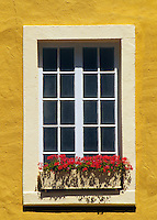 Window with flowers, Quebec City