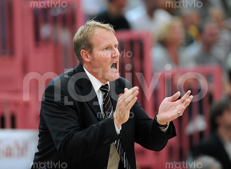 Basketball 1. Bundesliga  2008/2008   20.09.2008 Walter Tigers Tuebingen  -  Paderborn Baskets Baskets Trainer Douglas Spradley
