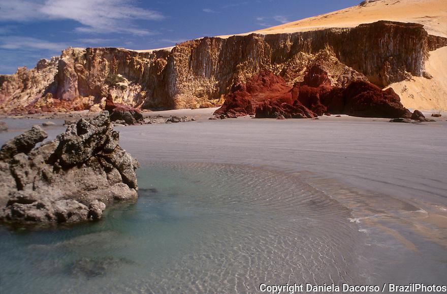 Canoa Quebrada beach. Cliff and stones. State: Ceará, Brazil.