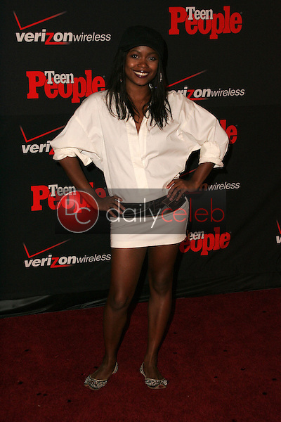 Serena Reeder<br /> at the Teen People's 4th Annual Artists of the Year Party, Element, Hollywood, CA 11-22-05<br /> David Edwards/DailyCeleb.Com 818-249-4998