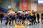 09.11.2019, Hansehalle Luebeck, GER,  2.Bundesliga Handball VfL Luebeck-Schwartau - TV Emsdetten<br /> <br /> im Bild / picture shows<br /> Schlussjubel, Jubelkreis beim VfL Luebeck-Schwartau nach dem 28:22 Sieg gegen (TV Emsdetten)<br /> <br /> Foto © nordphoto / Tauchnitz