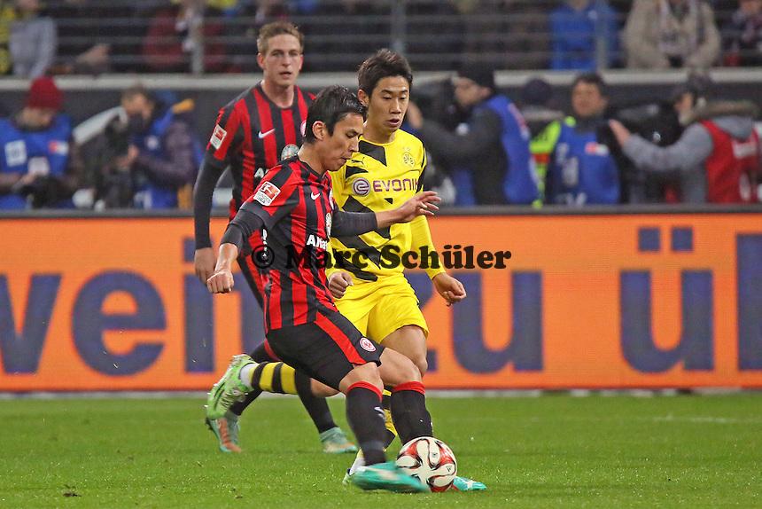 Makoto Hasebe (Eintracht) gegen Shinji Kagawa (BVB) - Eintracht Frankfurt vs. Borussia Dortmund, Commerzbank Arena