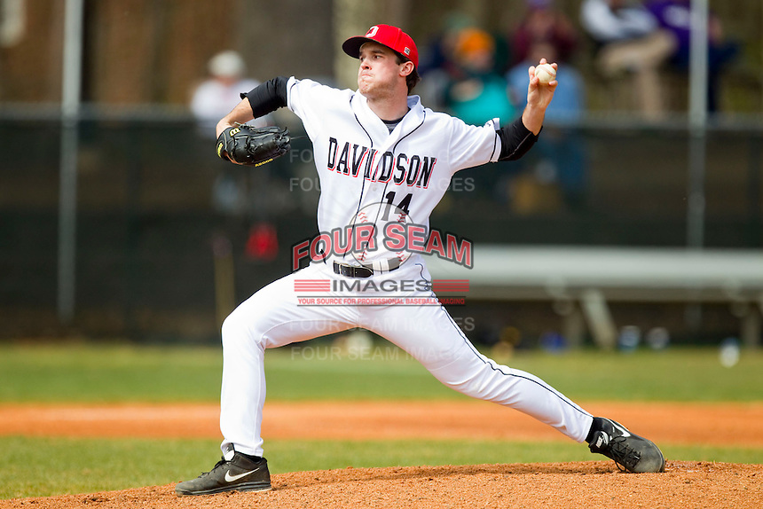 Davidson Wildcats starting pitcher Rob Bain (14) in action against the Western Carolina Catamounts at Wilson Field on March 10, 2013 in Davidson, North Carolina.  The Catamounts defeated the Wildcats 5-2.  (Brian Westerholt/Four Seam Images)