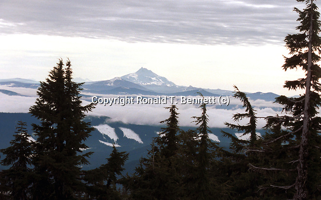 Mt. Adams Washington Picture from Mount Hood Oregon, USA, Pacific Ocean, Plains, woods, mountains, rain forest, desert, rain, Rose City, Portland, Lake Oswego, Pacific Northwest, Fine Art Photography by Ron Bennett, Fine Art, Fine Art photography, Art Photography, Copyright RonBennettPhotography.com © Fine Art Photography by Ron Bennett, Fine Art, Fine Art photography, Art Photography, Copyright RonBennettPhotography.com ©