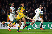 Elliot Daly of England runs in a try in the second half. Quilter International match between England and Australia on November 24, 2018 at Twickenham Stadium in London, England. Photo by: Patrick Khachfe / Onside Images