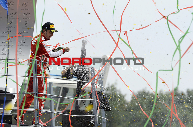 05.-08.09.2011, Autodromo Nationale, Monza, ITA, F1, Grosser Preis von Italien, Monza, im Bild Podium - Fernando Alonso (ESP),  Scuderia Ferrari <br />  Foto &copy; nph / Mathis