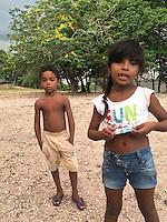 Rio Erepecuru; na bacia do rio Trombetas, transportando moradores e produtos para os territórios quilombolas e indígenas. Bacia do Trombetas. Oriximiná, Pará, Brasil.<br /> Foto Roberta Ramos<br /> 2016