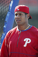 Bobby Abreu of the Philadelphia Phillies before a 2002 MLB season game against the Los Angeles Dodgers at Dodger Stadium, in Los Angeles, California. (Larry Goren/Four Seam Images)