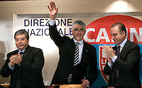 Il leader dell'Udc Pierferdinando Casini, al centro, saluta, applaudito dal segretario Lorenzo Cesa, a destra, e dal vicesegretario Salvatore Cuffaro, dopo aver parlato alla Direzione Nazionale del partito a Roma, 14 febbraio 2008..Udc center-right caholic party's leader Pierferdinando Casini, center, waves as secretary Lorenzo Cesa, right, and deputy secretary Salvatore Cuffaro applaud, after speaking during the National Direction of the party in Rome, 14 february 2008..UPDATE IMAGES PRESS/Riccardo De Luca