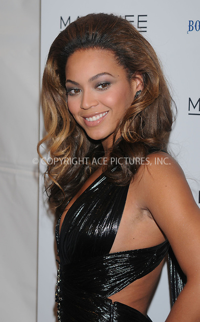 WWW.ACEPIXS.COM . . . . . ....December 1 2008, New York City....Singer Beyonce Knowles arriving at the premiere of 'Cadillac Records' at the AMC Loews 19th Street theatre on December 1, 2008 in New York City.....Please byline: KRISTIN CALLAHAN - ACEPIXS.COM.. . . . . . ..Ace Pictures, Inc:  ..(646) 769 0430..e-mail: info@acepixs.com..web: http://www.acepixs.com
