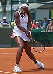 Sloane Stephens (USA) Beats Ekaterina Makarova (RUS) 6-4, 7-6
