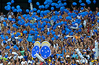 BELO HORIZONTE, MG, 3 FEVEREIRO 2013 - CAMPEONATO MINEIRO 2013 - CRUZEIRO x ATLETICO - Reabertura do Mineirao, um dos estadios para a Copa do Mundo 2014 e Copa das Confederacoes 2013 no Brasil. Na foto, torcedores durante a partida entre, Cruzeiro e Atletico, valida pela 1 rodada do Campeonato Mineiro 2013, no Estadio Mineirao, em Belo Horizonte MG. (FOTO: DOUGLAS MAGNO / BRAZIL PHOTO PRESS).