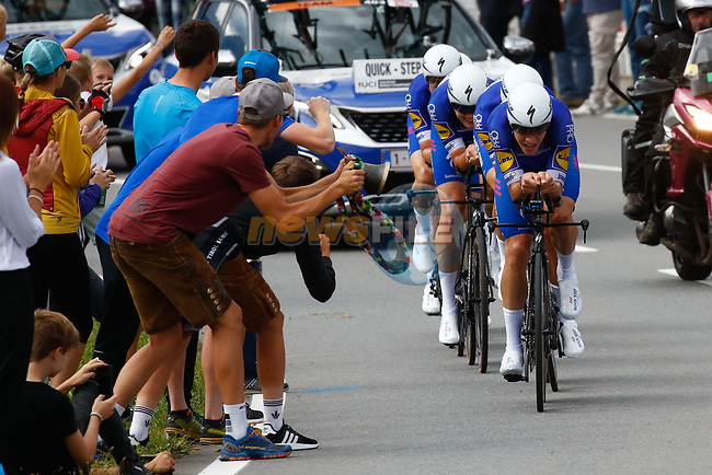 Quick-Step Floors in action during the Men's Elite Team Time Trial of the 2018 UCI Road World Championships running 62.8km from Ötztal to Innsbruck, Innsbruck-Tirol, Austria 2018. 23rd September 2018.<br /> Picture: Innsbruck-Tirol 2018/BettiniPhoto | Cyclefile<br /> <br /> <br /> All photos usage must carry mandatory copyright credit (© Cyclefile | Innsbruck-Tirol 2018/BettiniPhoto)