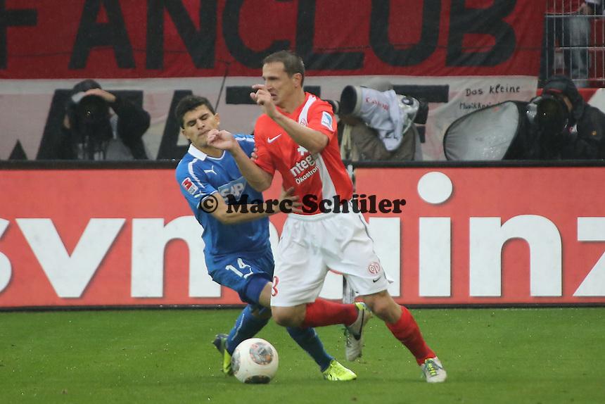 Zdenek Pospech (Mainz) gegen Tarik Elyounoussi (Hoffenheim) - 1. FSV Mainz 05 vs. TSG 1899 Hoffenheim, Coface Arena, 8. Spieltag