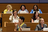 Yale School of Management Executive Education - Women's Leadership Program | Women Leaders and Crisis Management with Jeffrey Sonnenfeld April 19, 2017