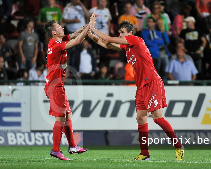 KV Kortrijk - Sporting Lokeren : Ivan Santini viert zijn doelpunt met Teddy Chevalier (links)<br /> foto VDB / Bart Vandenbroucke