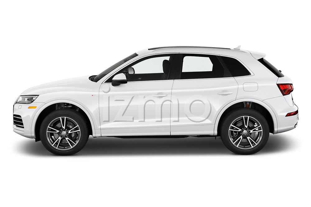 Car driver side profile view of a 2020 Audi Q5 Premium 5 Door SUV