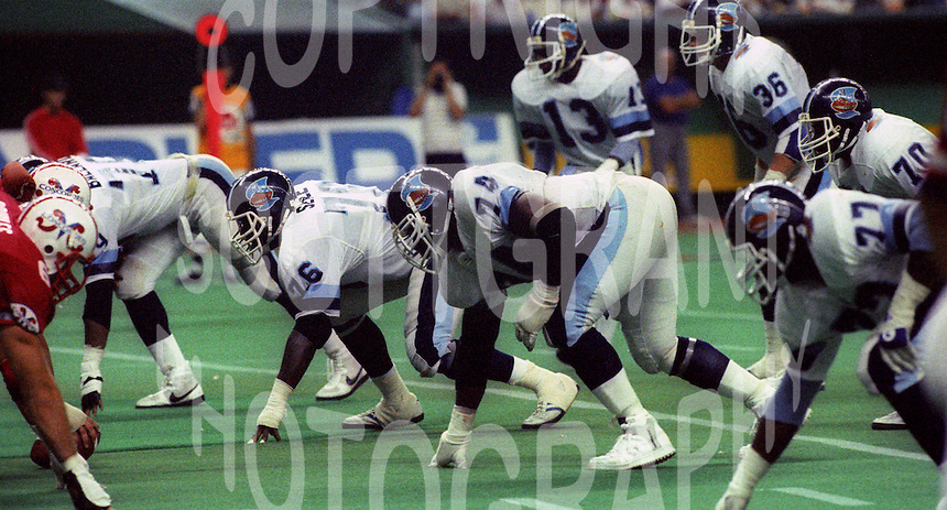 Mark Seale James Curry Toronto Argonauts 1985. Photo F. Scott Grant