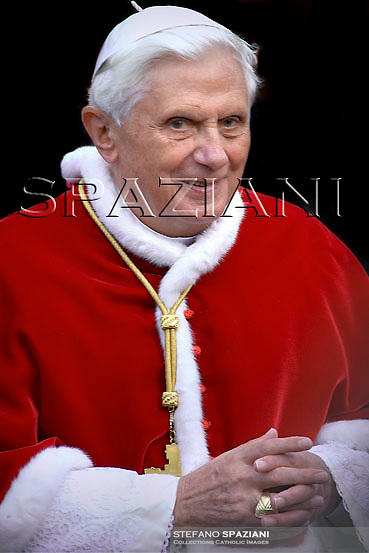 Pope Benedict XVI leads a mass during a pastoral visit at the Basilica of San Lorenzo, in Rome, Sunday Nov. 30, 2008.