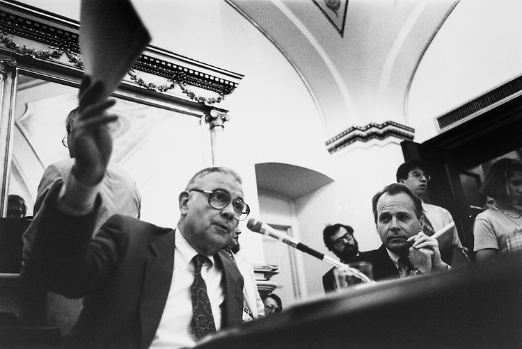 Rep. Lee H. Hamilton, D-Ind. and Rep. David Dreier, R-Calif. testify before House Admin Committee. June 5, 1994. (Photo by Laura Patterson/CQ Roll Call)