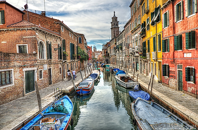 Canal in Dorsedoro, Venice, Italy.