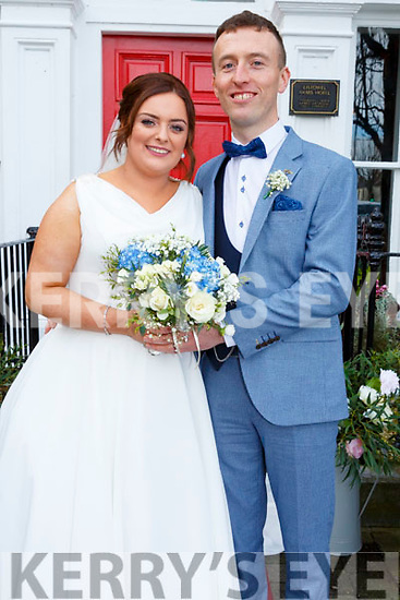 Kathlyn Roche, daughter of Danny & Kay Roche, Baltovin, Ardfert and Sean T. O'Connell, son of Sean & Mary O'Connell, Glenderry, Listowel who were married in St. Mary's Church, Kilflynn on Friday last. Best man was Geroid O'Connell and the groomsmen were Eamonn Moran, Robbie Larkin & Seamus Mulvihill. The brides maids were Christina Roche, Tracie Kerins, Eadien O'Connell & bEmma Looney. Flower girl was Lauren Foley an the page boy was Jack McElligott. The reception was held in the Listowel Arms Hotel.