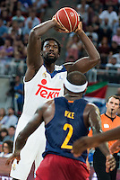 Real Madrid's player Othello Hunter and FC Barcelona Lassa's player Tyrese Rice during the match of the semifinals of Supercopa of La Liga Endesa Madrid. September 23, Spain. 2016. (ALTERPHOTOS/BorjaB.Hojas)