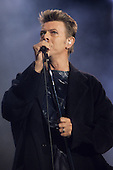 DAVID BOWIE - performing live on the Outside Summer Festival Tour at the Stadio Olympico in Rome Italy - 09 Jul 1996.  Photo credit: Carmello Giordano/Dalle/IconicPix  **UK ONLY**