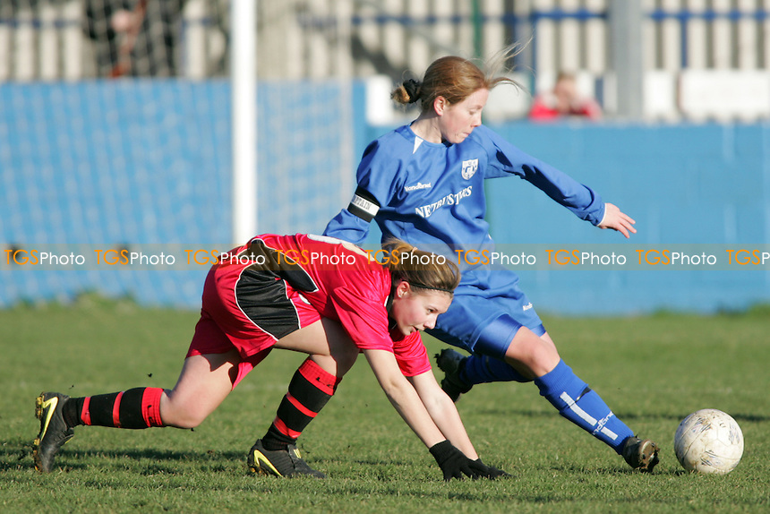 Barking Ladies vs Leyton Orient at Mayesbrook Park - 23/01/05 - MANDATORY CREDIT: Gavin Ellis/TGSPHOTO - SELF-BILLING APPLIES WHERE APPROPRIATE. NO UNPAID USE -  Tel: 0845 0946026