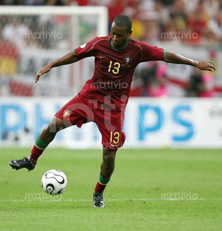 Fussball WM 2006  Viertelfinale  England - Portugal Miguel (POR)