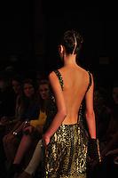 RIO DE JANEIRO, RJ, 22 DE MAIO 2012 - FASHION RIO 2012 - PRIMAVERA / VERAO 2012 / 2013 - SACADA -  Modelo durante desfile da grife Sacada, no primeiro dia de desfiles do Fashion Rio moda Primavera / Verao 2012 / 2013 no Jockey Club Brasileiro - na Gavea no Rio de Janeiro, nesta terca-feira, 22. (FOTO: STEPHANIE SARAMAGO / BRAZIL PHOTO PRESS).