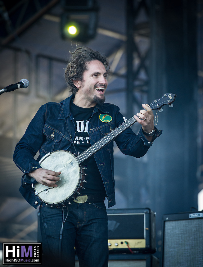 John Butler Trio performs at the 2014 Voodoo Music Experience.