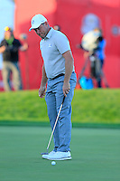 Lee Westwood (ENG) Team Europe misses his putt at the 18th green and loses the match during Saturday Afternoon Fourball Matches of the 41st Ryder Cup, held at Hazeltine National Golf Club, Chaska, Minnesota, USA. 1st October 2016.<br /> Picture: Eoin Clarke | Golffile<br /> <br /> <br /> All photos usage must carry mandatory copyright credit (&copy; Golffile | Eoin Clarke)