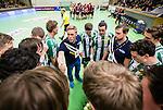 Stockholm 2014-12-03 Handboll Elitserien Hammarby IF - IFK Sk&ouml;vde :  <br /> Hammarbys tr&auml;nare Kalle Matsson i aktion med Hammarbys spelare under en timeout under matchen mellan Hammarby IF och IFK Sk&ouml;vde <br /> (Foto: Kenta J&ouml;nsson) Nyckelord:  Eriksdalshallen Hammarby HIF Bajen IFK Lugi tr&auml;nare manager coach