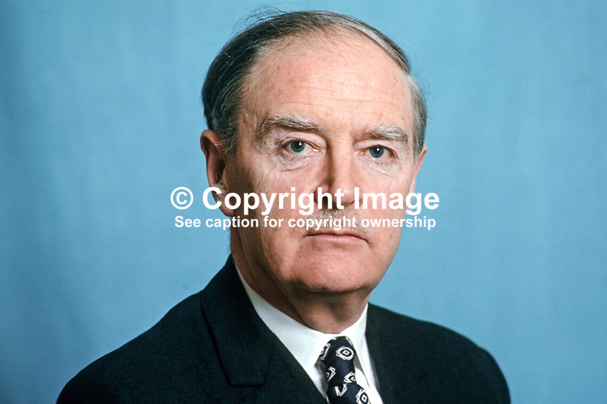 Liam Cosgrave, An Taoiseach, Prime Minister, Rep of Ireland, Fine Gael, TD, MP, 197503000179b