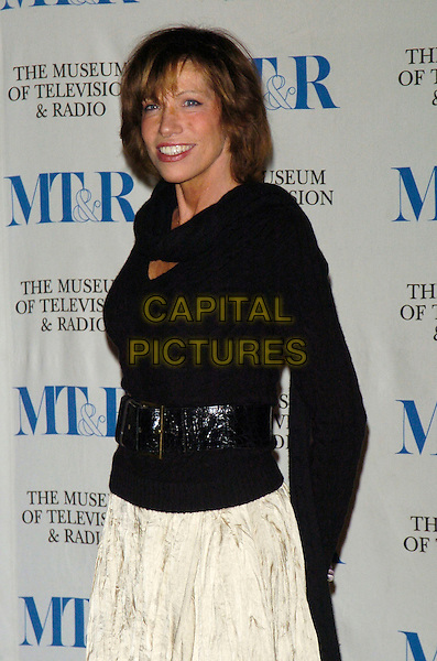 CARLY SIMON.At the Museum of Television & Radio's Annual Gala this year honoring Sir Howard Stringer and Sony Corporation at the Waldorf-Astoria Hotel, New York, New York, USA, 08 February 2007..half length black top.CAP/ADM/BL.©Bill Lyons/AdMedia/Capital Pictures. *** Local Caption ***