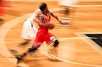 NEW YORK, EUA, 08.04.2017 - BROOKLYN NETS-CHICAGO BULLS -   Jimmy Butler do Chicago Bull disputa bola com McDaniels  do Brooklyn Nets  no Barcleys Center em New York na noite deste sábado, 08.(Foto: William Volcov/Brazil Photo Press)