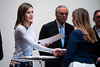 Queen Letizia of Spain delivers 'La Caixa' Scholarships at Caixa Forum in Madrid, Spain. April 10, 2018. (ALTERPHOTOS/Borja B.Hojas) /NortePhoto.com NORTEPHOTOMEXICO