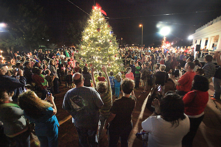 Chuck Beckley/Sun Journal                  People gathered down at the The Double Tree by Hilton Friday night for the ninth annual Christmas Tree lighting. The large crowd was entertained by dancers, singers and some of the New Bern High School band before the lights were turned on.