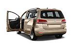 Car images of 2016 Volkswagen Sharan Confortline 5 Door Minivan Doors