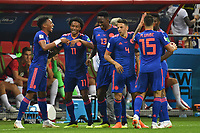 Juan CUADRADO COL celebrates 2 v li after Goal to 0 3 with players Action Cheers Joy Enthusiasm Poland PO Colombia COL 0 3 Preliminary Group C Match 31 on 24 06 2018 in Kazan Kazan Arena Soccer World Cup 2018 in Russia vom 14 06 15 07 2018  <br /> Kazan 24-06-2018 Football FIFA World Cup Russia  2018 <br /> Poland - Colombia / Polonia - Colombia <br /> Foto Imago/Insidefoto