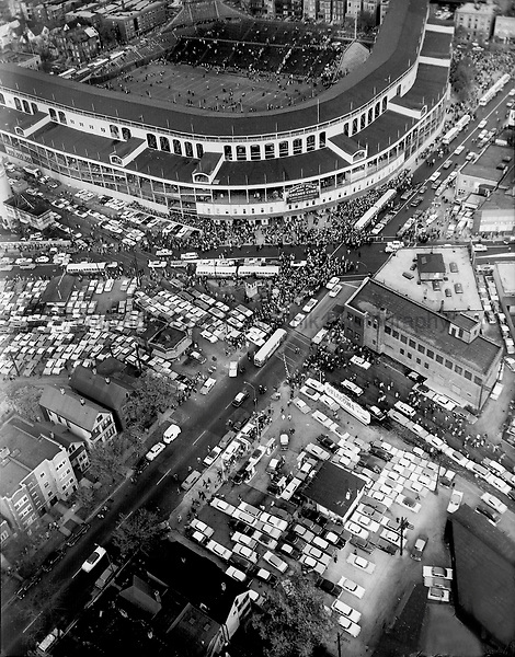 Fans leave Wrigley Field after the Chicago Bears defeated the Los Angeles Rams 31-10 on October 19, 1958.