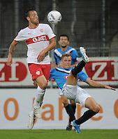 Fussball 1. Bundesliga 2011/2012  Testspiel   13.07.2011 Stuttgarter Kickers - VfB Stuttgart Julian Schieber (li, VfB Stuttgart) gegen Fabio Leutenecker (Kickers)