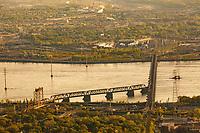 Photo aerienne  du pont Victoria.<br /> <br /> PHOTO : Denis Germain<br />  - Agence Quebec Presse