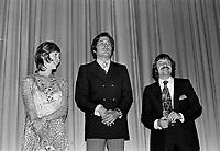 """Premiere du film """"Deux femmes en or"""" au Capitol. <br />  Entre le 1er et le 7 juin 1970 - Louise Turcot, Donald Pilon et Claude Fournier<br /> <br /> Photographe : Photo Moderne- Agence Quebec Presse"""